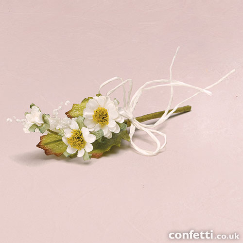 Cheap wedding favours ideas - mini rustic bouquet under £0.60p each