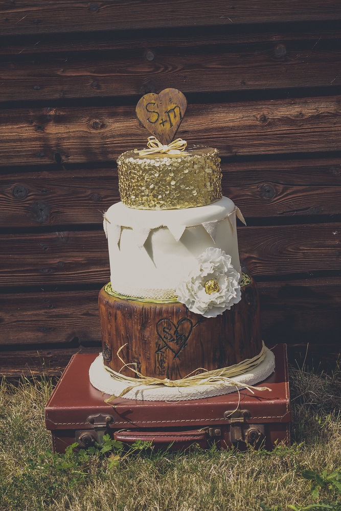 A Western Barn Wedding Styled Shoot